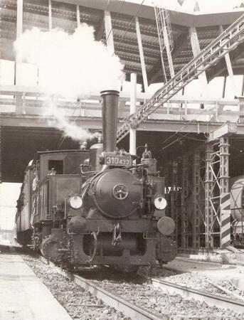 Rušeň 310.433 počas jazdy zvláštneho vlaku v Poprade