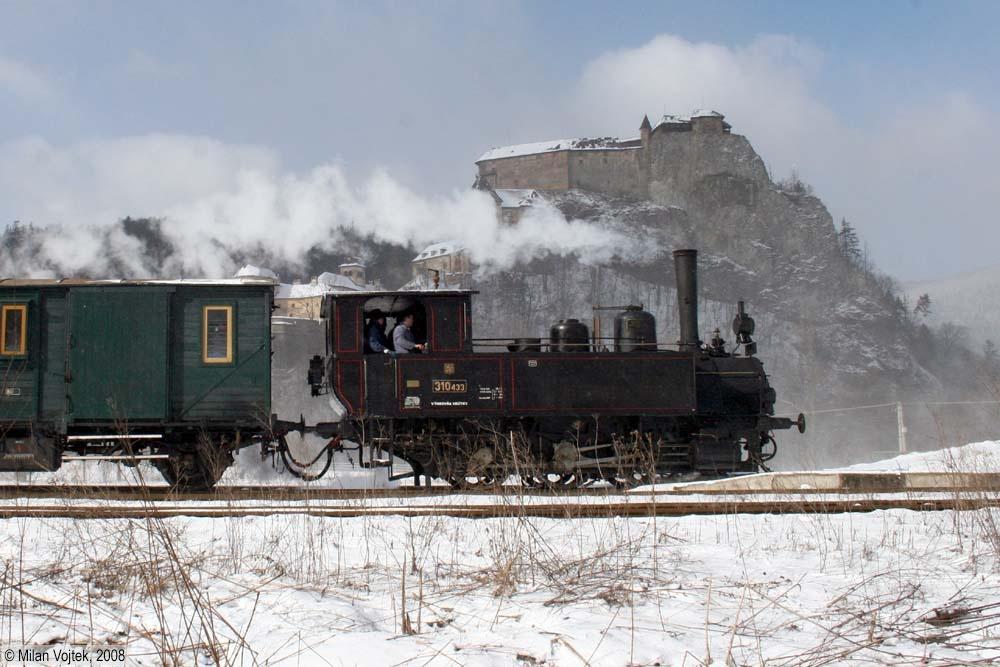 Rozlúčka s rušňom 310.433 - príchod zvláštneho vlaku do Oravského Podzámku