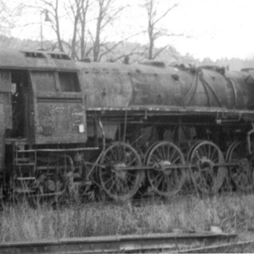 Rušeň 475.196 v depozite MDC v Bratislave pred opravou vo Vrútkach.